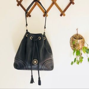 Dooney & Bourke • Vintage Black Leather Bucket Bag